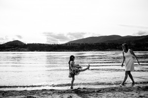 zina-kelowna-family-beach-photography (23)