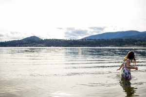 zina-kelowna-family-beach-photography (30)