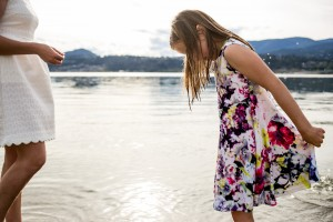 zina-kelowna-family-beach-photography (35)
