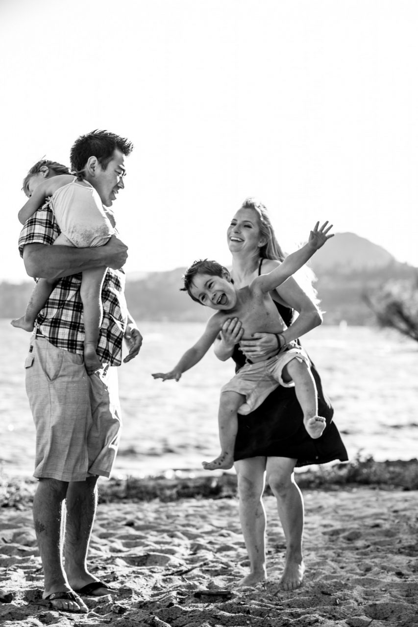 Kelowna documentary beach session - Blanchard family