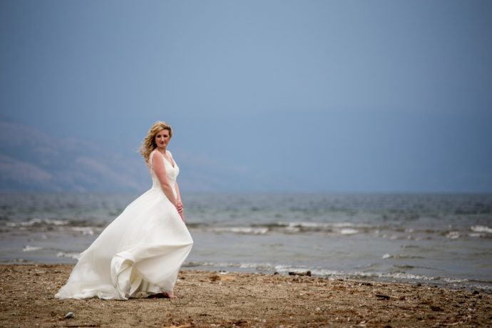 Kelowna Photographer Lori Brown Photography | Kelowna Okanagan Lake Eldorado Wedding