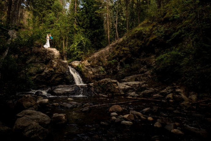 Kelowna Photographer Lori Brown Photography | Mill creek wedding photos