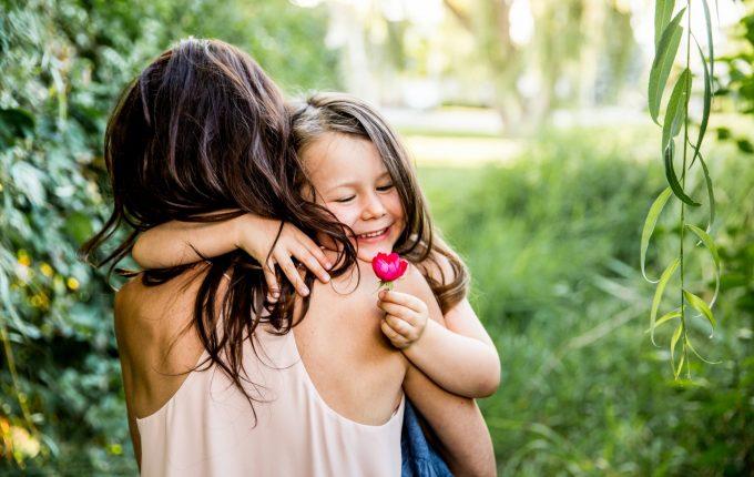 Kelowna family Photographer portfolio | Lori Brown Photography Documentary Photographer