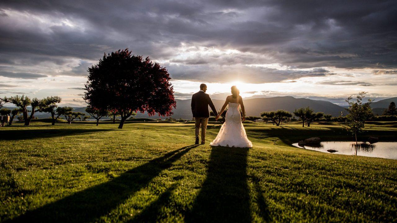 Brittany Sam harvest golf club wedding   Lori Brown Photography Kelowna