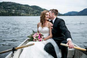 social share wedding photographer kelowna