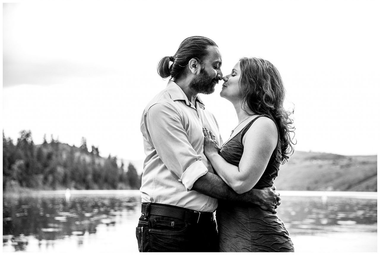 Kelowna engagement photographer lori brown photography