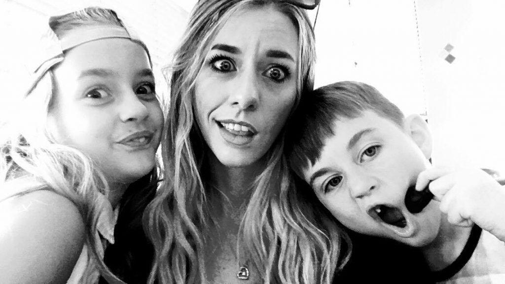 Lori Brown and her two kids
